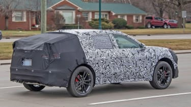 Ford Mondeo SUV spy shot