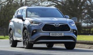 2021 Toyota Highlander Hybrid - Dynamic Front 2