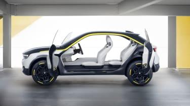 2018 Vauxhall GT X Experimental