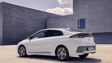 Hyundai Ioniq Plug-In 2020 pictures
