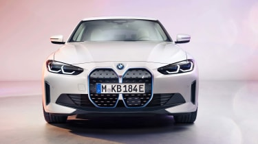BMW i4