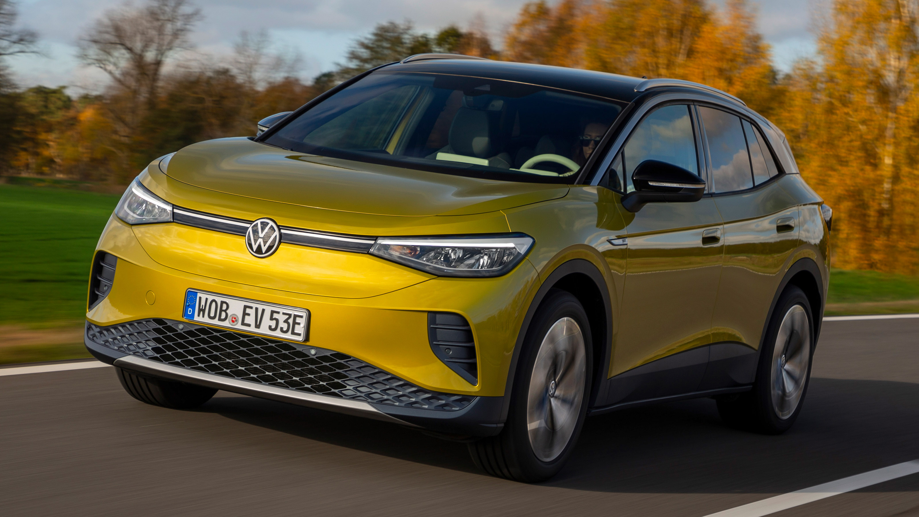 Volkswagen ID.4 electric SUV 2021 pictures | DrivingElectric