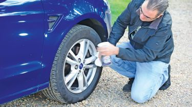 Alloy wheel cleaning