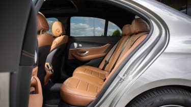 mercedes-e-300-e-rear-seats
