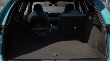 New 2022 Peugeot 308 SW plug-in hybrid estate interior