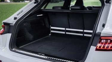 Lugage compartmentColor: Glacier white