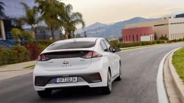 Hyundai Ioniq Hybrid 2020 pictures