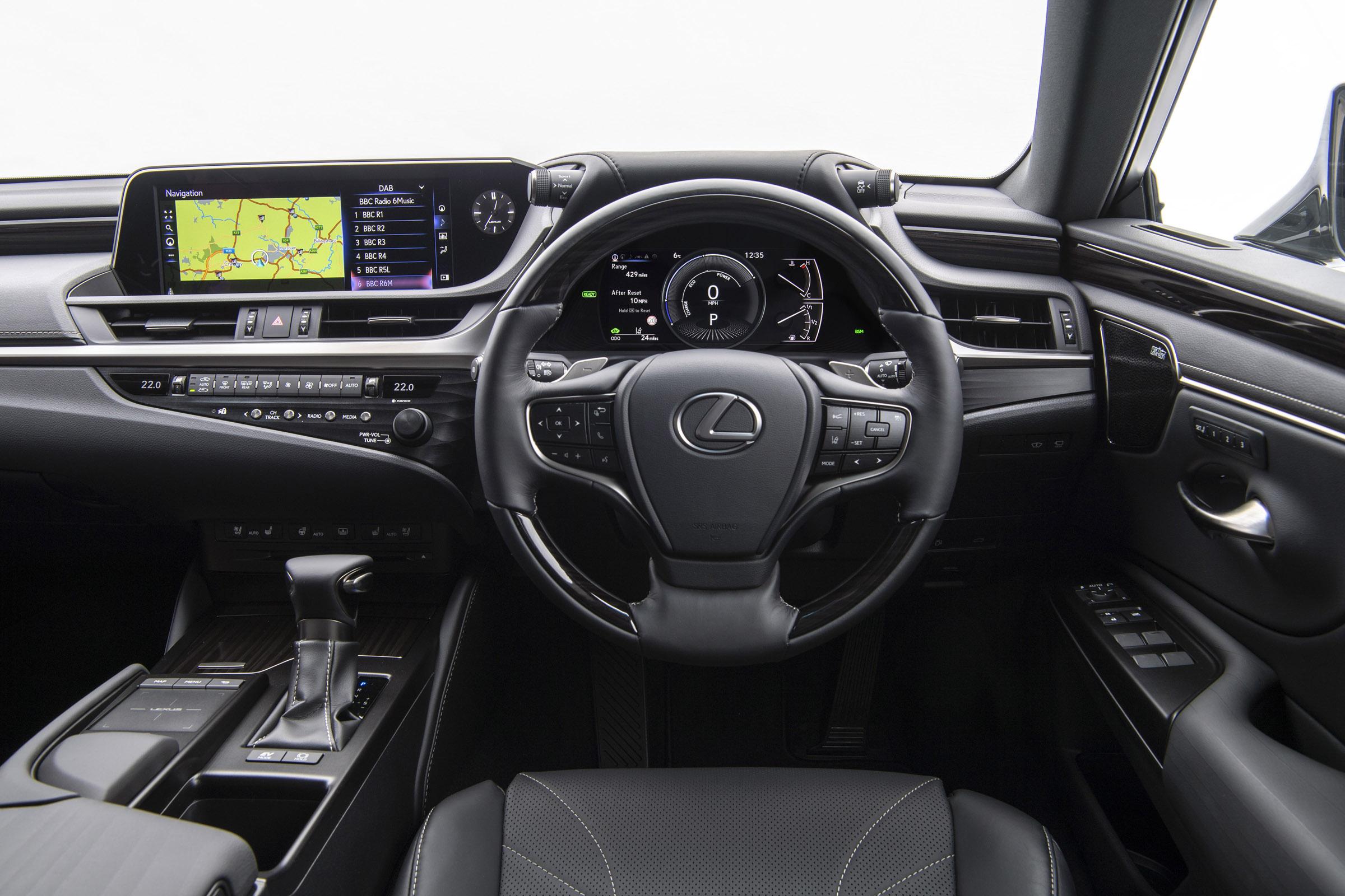 Lexus ES 300h interior & comfort DrivingElectric
