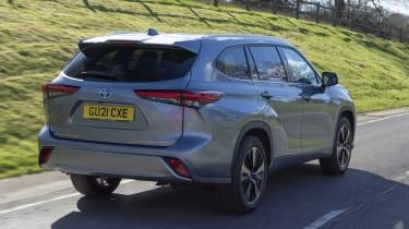 2021 Toyota Highlander Hybrid - Dynamic Rear