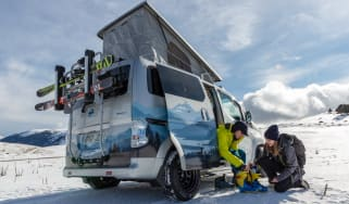 Nissan e-NV200 Winter Camper