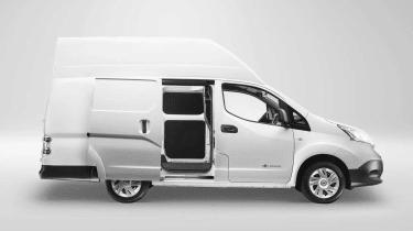 Nissan e-NV200 XL side