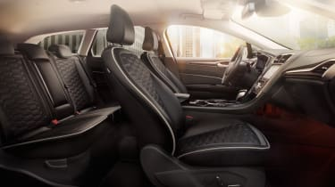 Ford Mondeo Hybrid interior