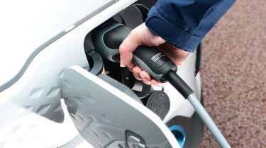 Kia e-Niro charging