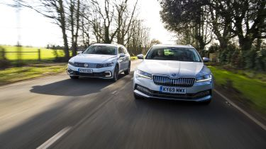 Skoda Superb vs Volkswagen Passat