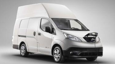 Nissan e-NV200 XL front