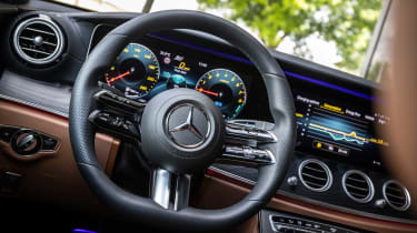 mercedes-e-300-e-dash-board