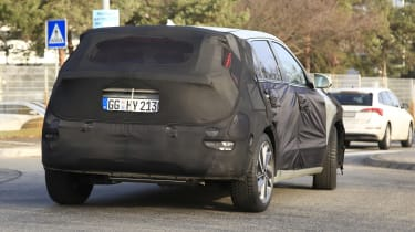Kia Niro spy shot