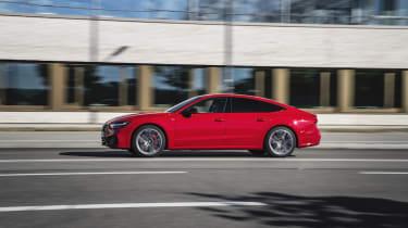 Dynamic photo,Colour: Tango red